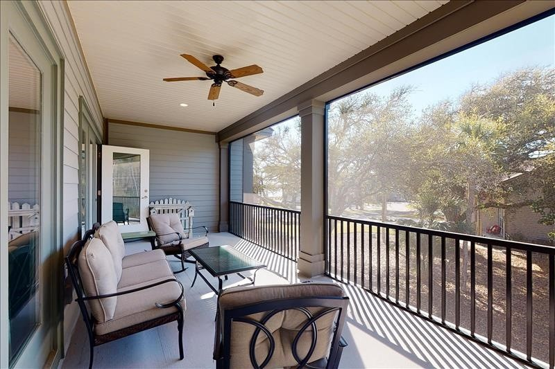 Upper Screened Balcony