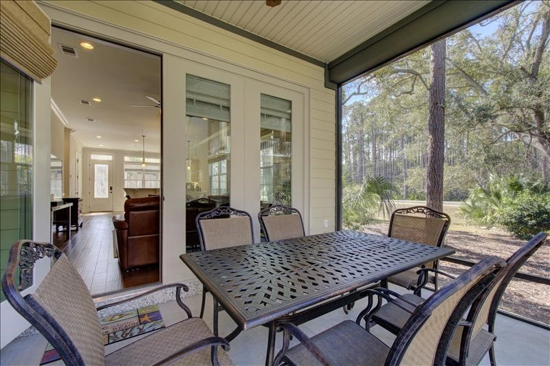 Screened Lower Porch Dining
