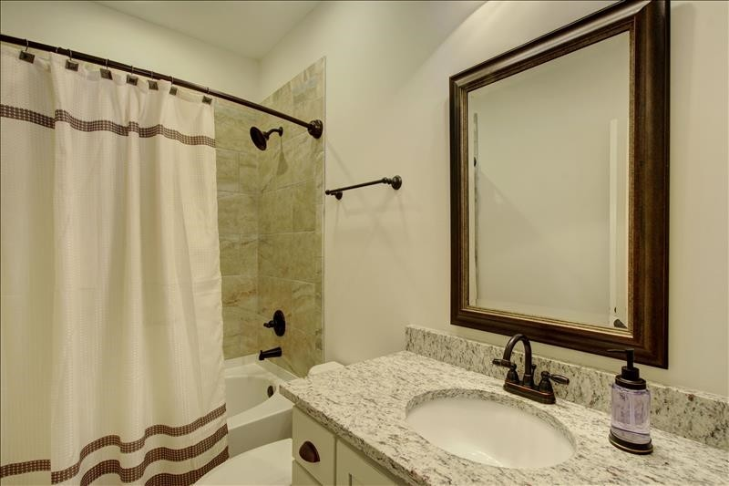 Bedroom 2 Bath Tub/Shower Combo