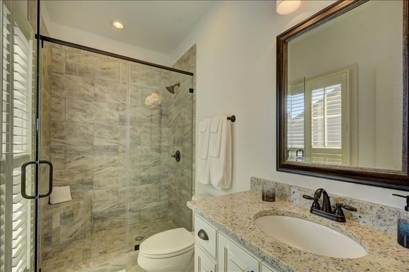 South Bedroom Bath