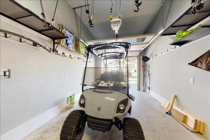 Garage with Cart