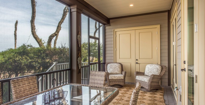 Lower Screened-In Porch