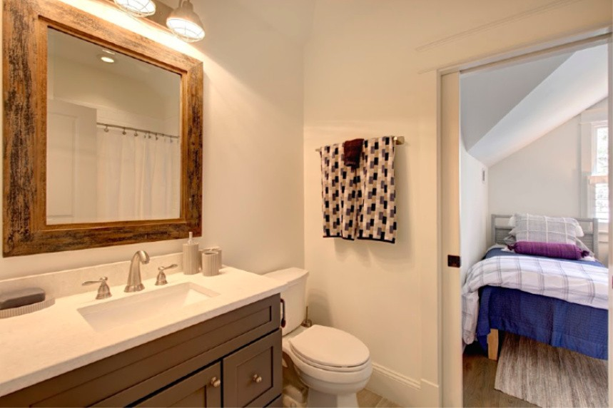 Upstairs Guest Bath 1