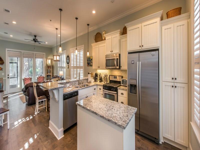 jekyll island vacation rental kitchen